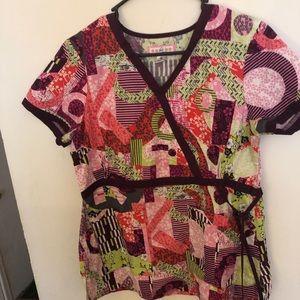 koi multicolored side type scrub top